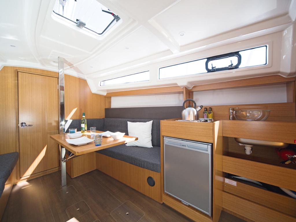 Zeilboot Bavaria 33