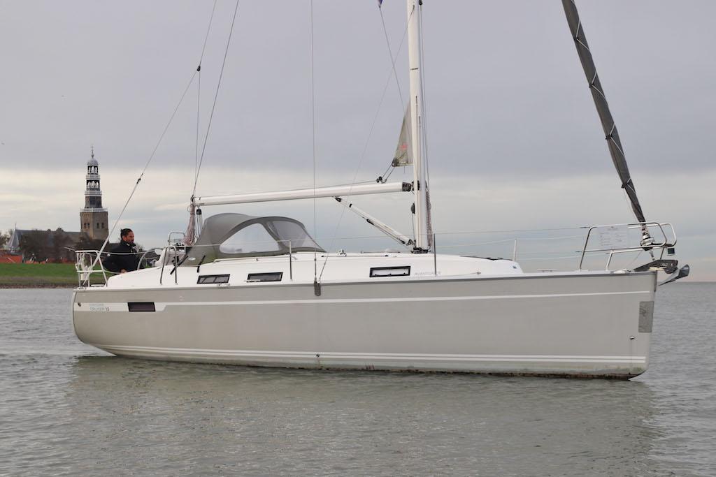 Zeilboot Bavaria 32 Hope zij aanzicht