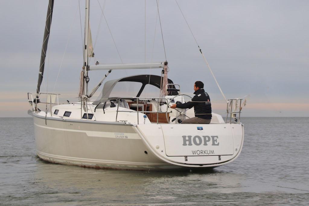 Bavaria 32 Hope achterkant