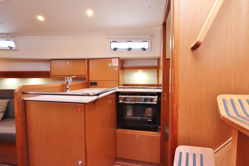Zeilboot 32 voet Hope keuken