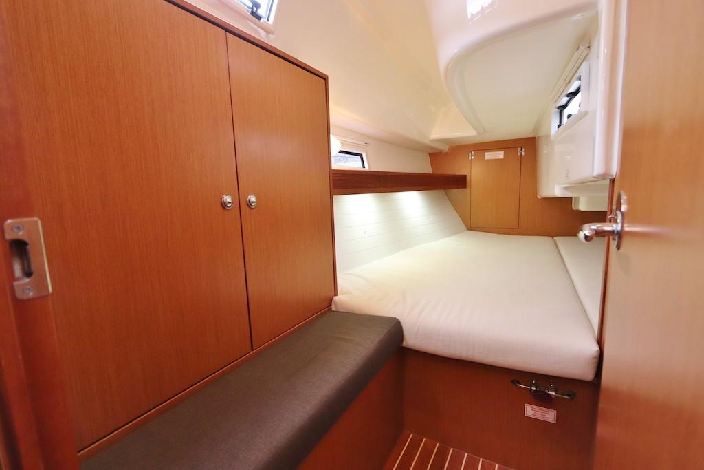 Zeilboot Bavaria 32 Hope slaapcabine achter
